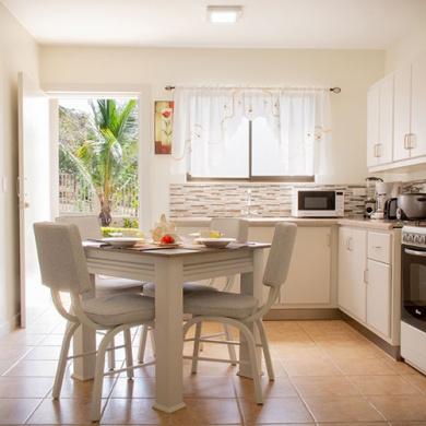 Oasis Tropical - Galería - Cocina